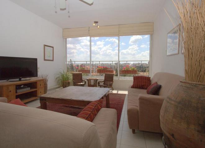 Апартаменты Kfar Saba View