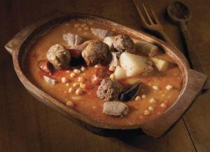 Блюдо домашней кухни в ресторане Андорры
