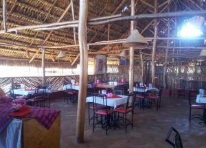 Ресторан в отеле Caves Inn
