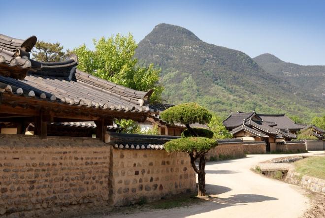 Дома богатых корейцев в традиционной деревне