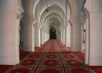 Внутреннее пространство мечети