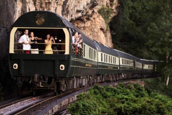 Путешествие на поезде до Куала-Кангсар