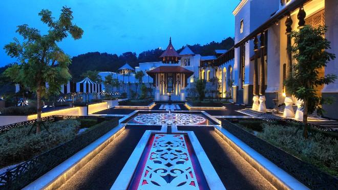 Дворец султана Истана Мазия