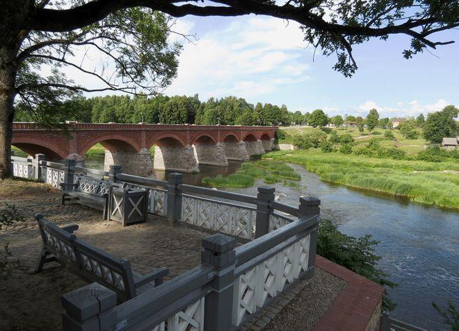 Кулдига - живописный город на берегу реки