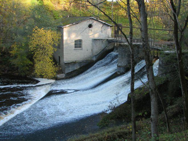 Первая ГЭС в городе
