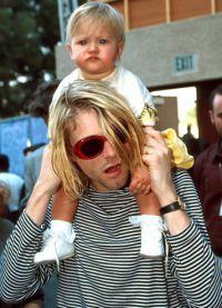 Курт Кобейн с дочерью Френсис