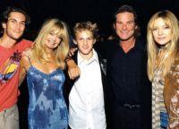 Голди и Курт в кругу семьи