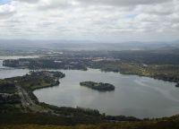 Вид на озеро с высоты