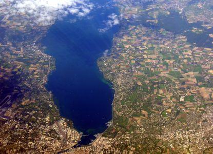 Вид на озеро с самолета