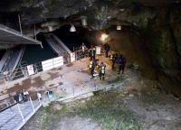 Площадка для водолазов и спелеологов