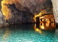 Подземное озеро Сен-Леонар