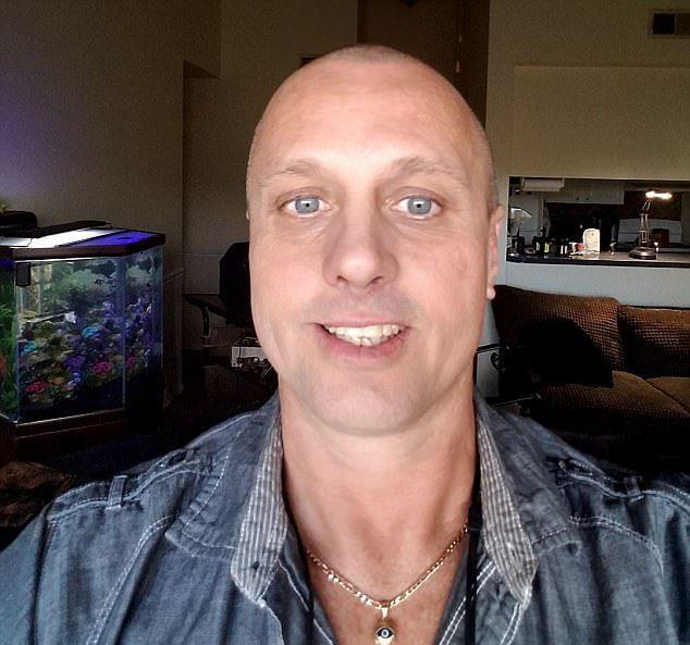 43-летний Майкл Хант