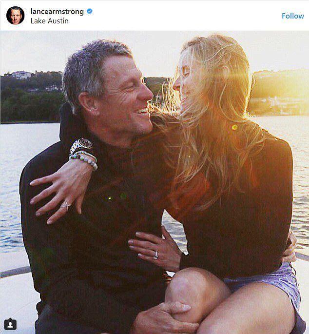 Лэнс Армстронг сделал предложение своей возлюбленной Анне Хансен