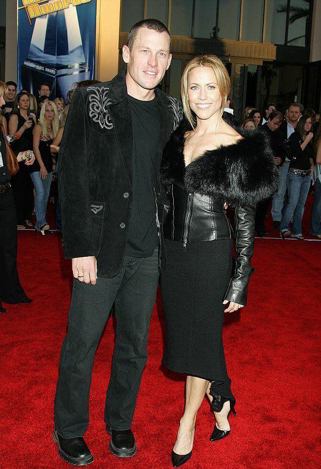 Армстронг с Шэрил Кроу в 2005 году