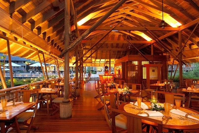 Рестораны на острове