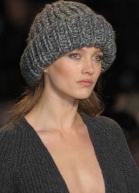masywne czapki na drutach6