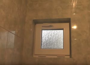 Постављање плочица у купатилу34