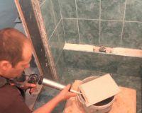 Постављање плочица у купатилу65