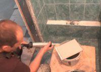 Постављање плочица у купатилу68