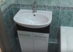 Постављање плочица у купатилу87