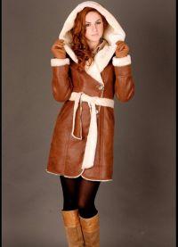 Skórzany płaszcz z owczej skóry z futrem 2