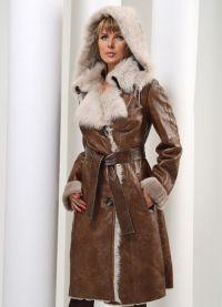 Skórzany płaszcz z owczej skóry z futrem 8