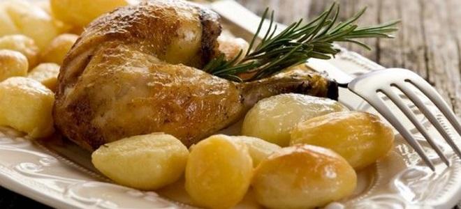 патици крачета с картофи във фурната