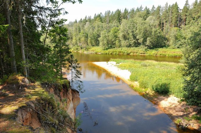 Река в Лигатне