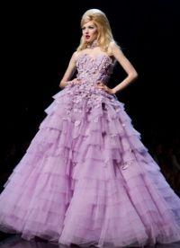 suknia ślubna z liliową wstążką 3