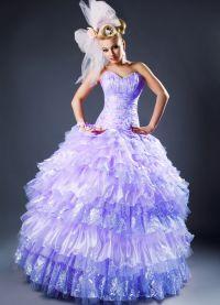 suknia ślubna z liliową wstążką 7