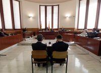 Согласно испанским законам, их тюремный срок могут заменить на условный