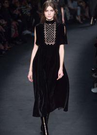 Mala crna haljina13