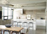 Kuchnia w stylu salonu na poddaszu 1