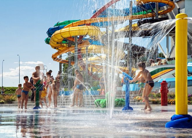 Открытая зона Ливского аквапарка