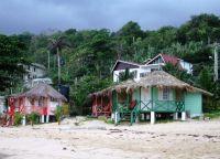Домики на побережье