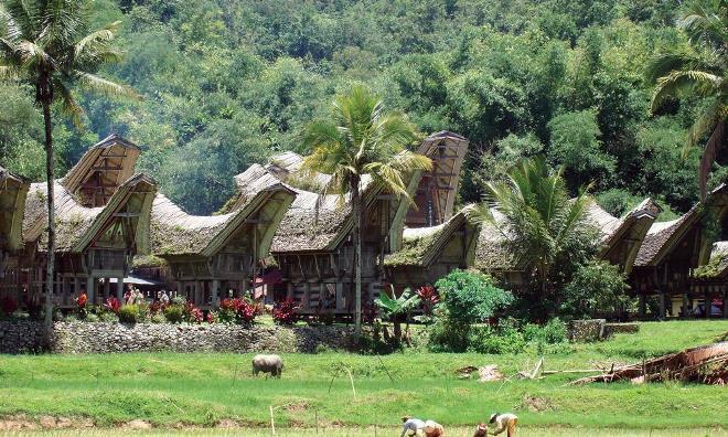 Деревня Лоре-Линду