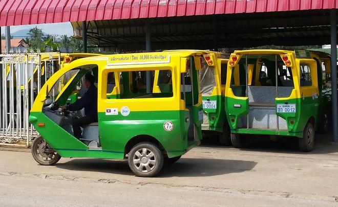 Такси (тук-тук) в Луанг Прабанге