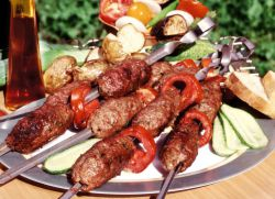 Лула кебаб рецепт на роштиљу