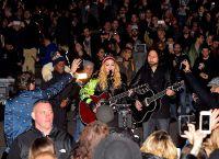 Мадонна поддерживает кандидата в президенты Хилари Клинтон