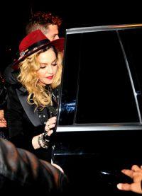 Мадонна отметила День Благодарения в мадридском ресторане