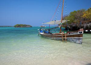 Традиционная лодка доу