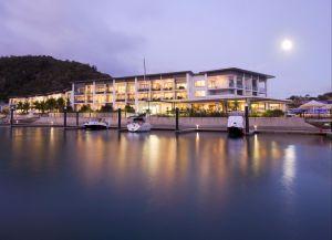 Отель Peppers Blue On Blue Resort