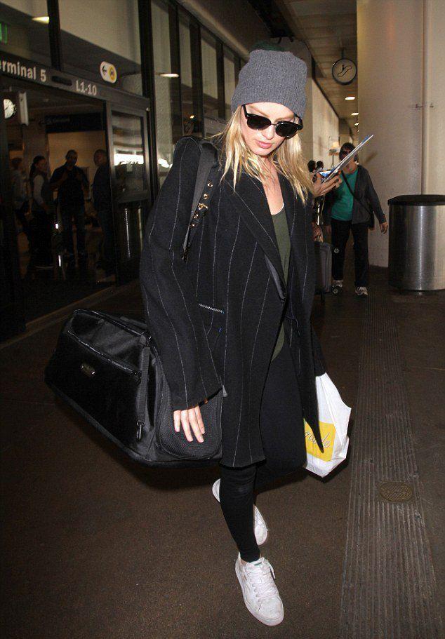 Марго Робби в аэропорту Лос-Анджелеса в начале марта