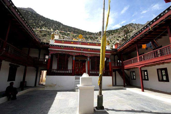 Монастырь Гуру Пандита Ананд в Марфе