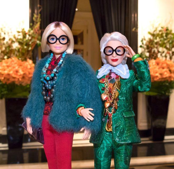 Mattel выпустили 96-летнюю куклу Барби