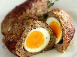 mięso zrazy z jajkiem przepiórczym