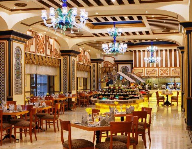 Ресторан в отеле Intercontinental Dar Al Tawhid Makkah