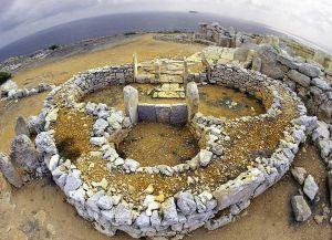Храм Мнайдра - вид сверху