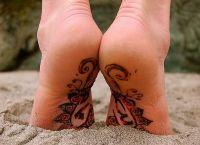 mehendi на крака1