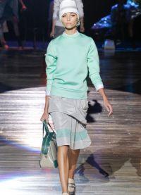 kolor mentolu w ubraniach 2